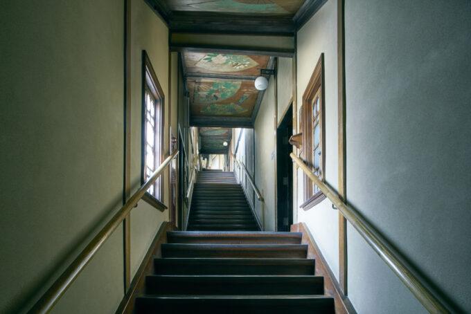 ホテル雅叙園の百段階段