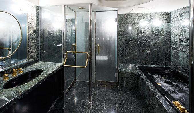 ホテル雅叙園東京のジャパニーズモダン浴室
